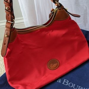GORGEOUS AUTHENTIC DOONEY AND BOURKE HANDBAG